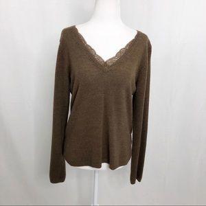 GH Bass & Co V-Neck Sweater, Size Medium, Brown
